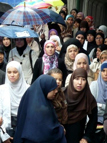 waarom dragen moslims een hoofddoek